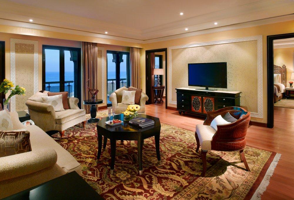 15---Presidential-suite-Living-room